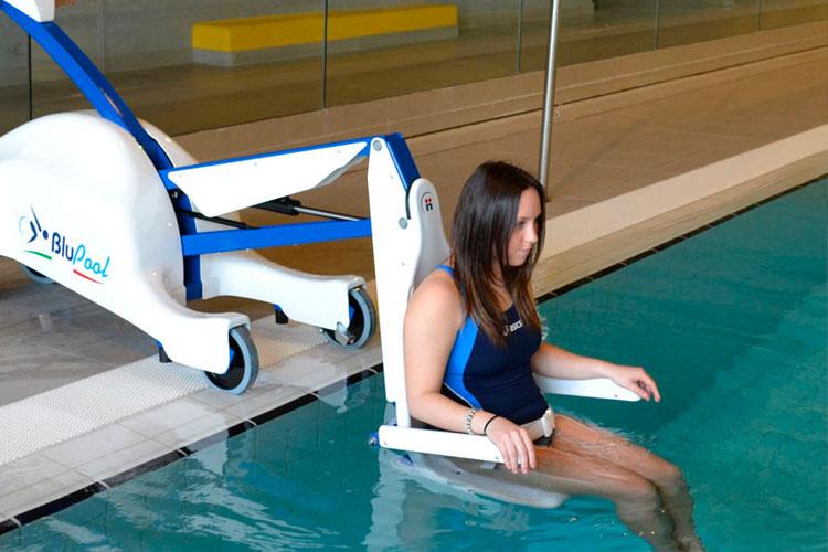 Facilitar acceso en piscinas