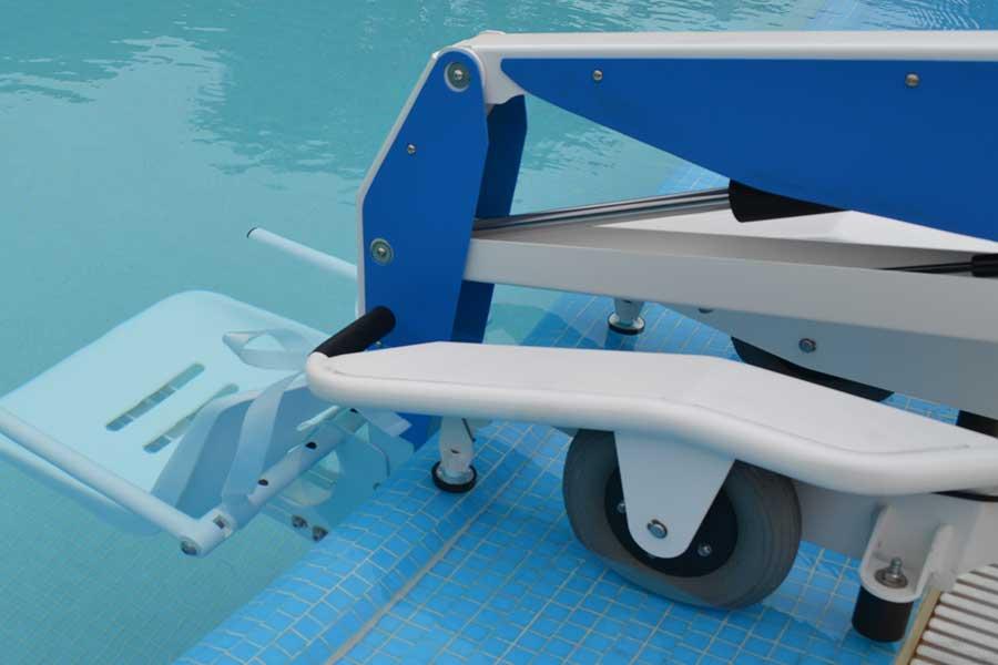Elevador de piscinas eléctrico