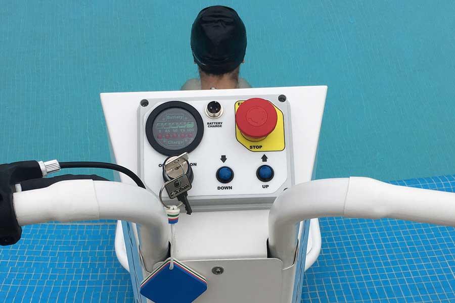 Elevador piscinas eléctrico